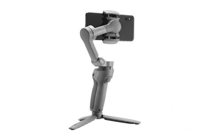 Gimbal Handphone DJI Osmo Mobile 3 Bisa Dilipat dengan Mudah