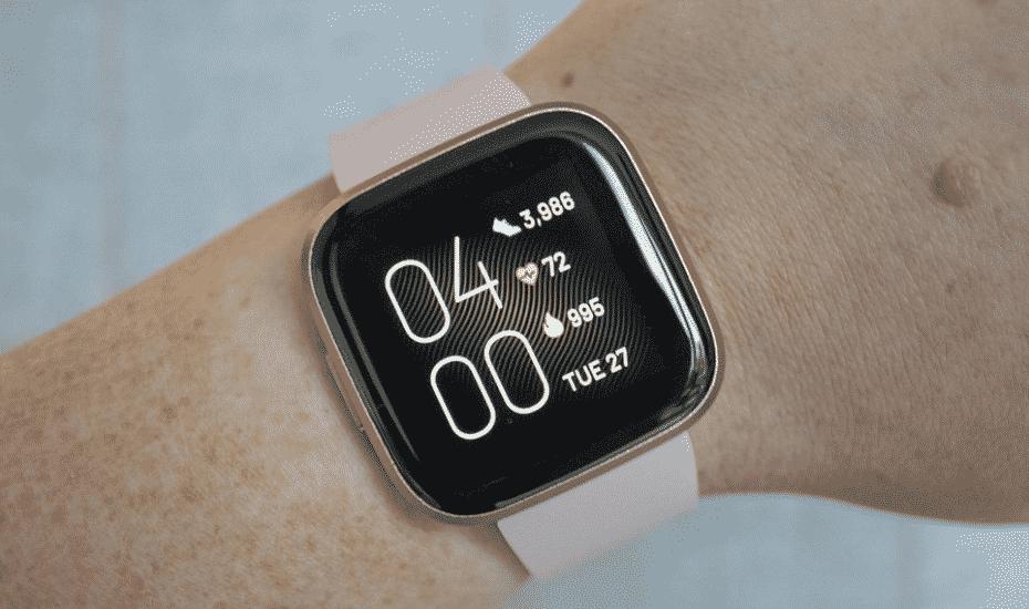 Jam tangan pintar Fitbit Versa 2