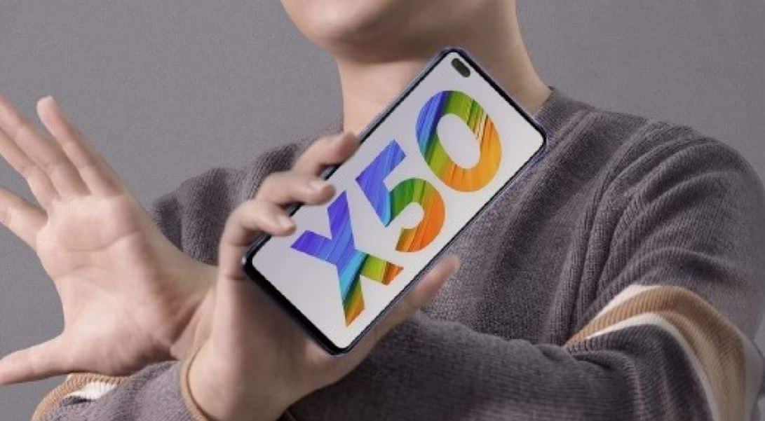 Realme X50 5G tampilan depan