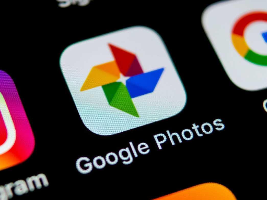 Sediakan 8 dan Google Photos Akan Cetak dan Kirimkan Foto Terbaik Anda