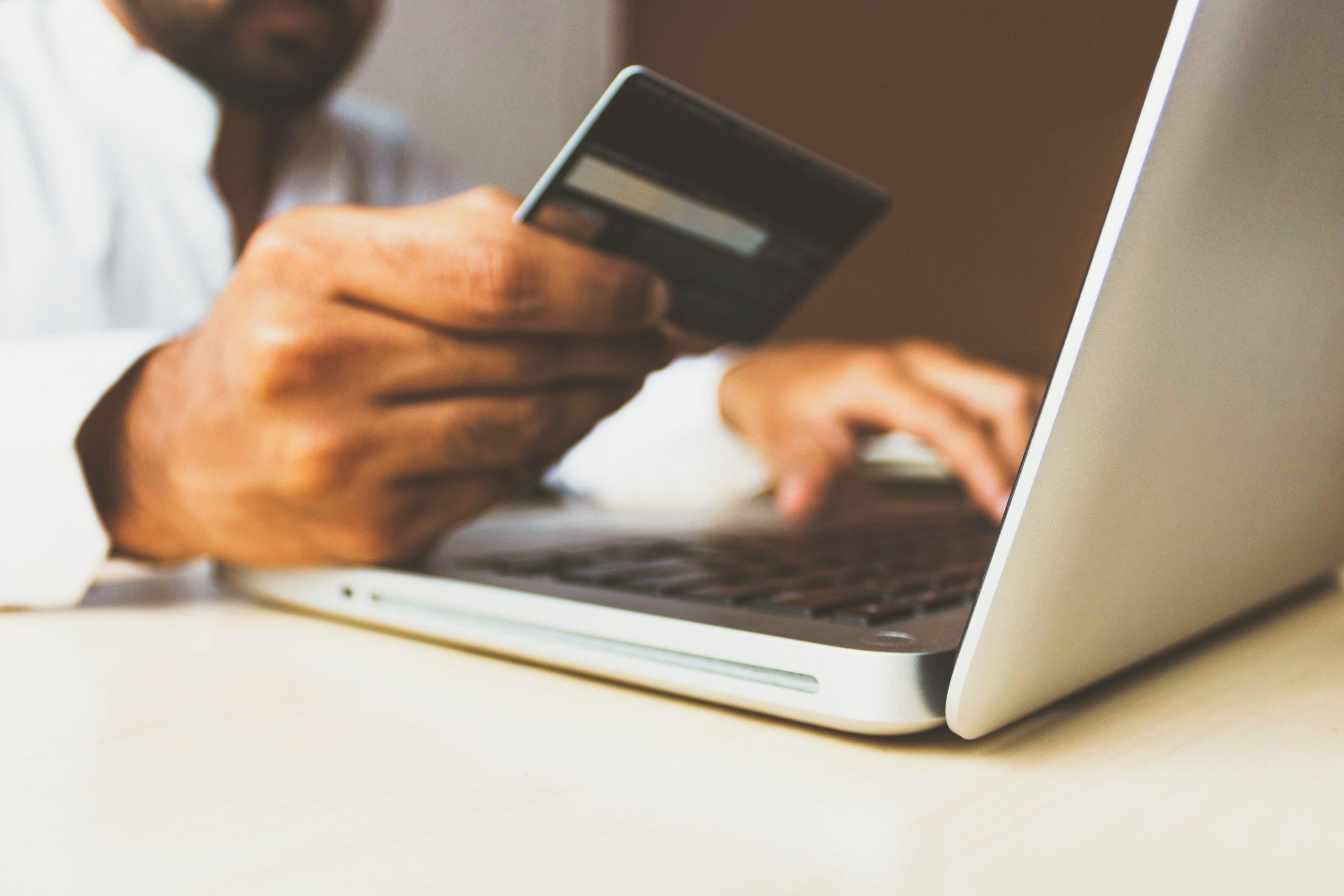 Tips Amankan Password Saat Berbelanja Online