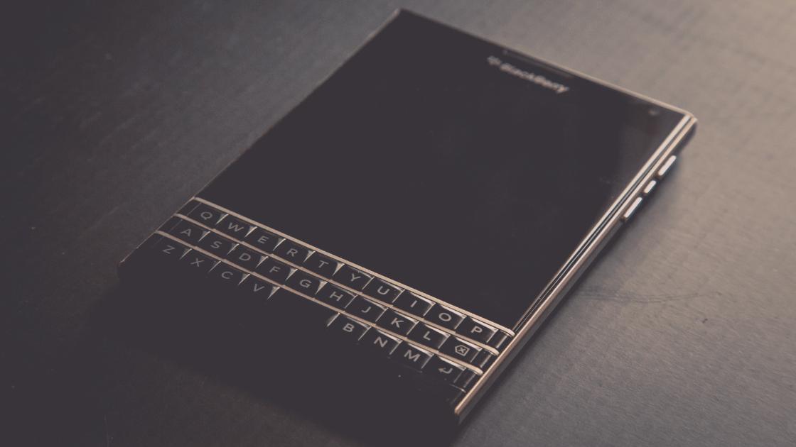 Tahun ini Blackbarry Akan Hadirkan Kembali Smartphone dengan Keyboard Fisik QWERTY