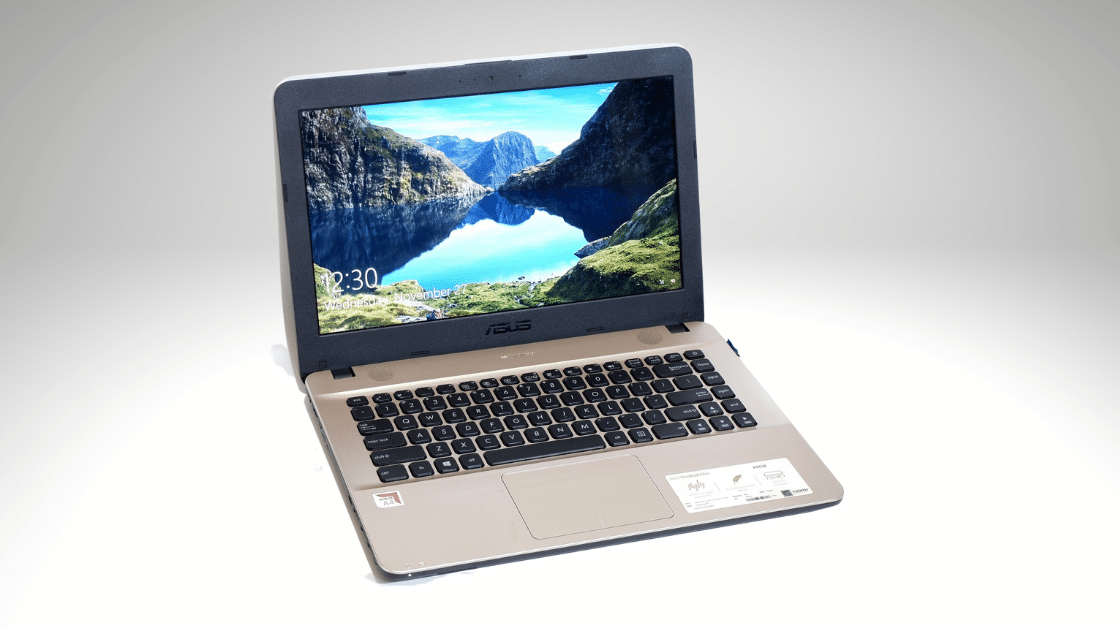 ASUS VivoBook X441BA