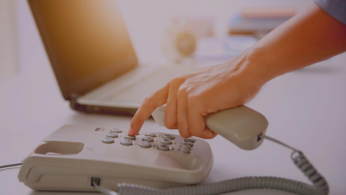 Layanan Call Center Grab